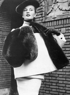 1950 Dior's dress and loose-fitting coat with huge beaver lapel, muff and hat