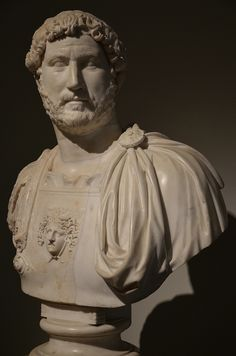 Bust of Hadrian wearing a cuirass with a winged Medusa head, AD 130 (Naples Archaeological Museum) Roman Sculpture, Sculpture Ideas, Medusa Head, Roman Emperor, Ancient Rome, Ancient Civilizations, Naples, Romans, Archaeology