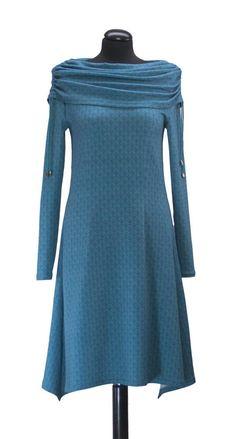 Bei Schnittquelle finden Sie Schnittmuster - wie z.B. Kleid Fouras einfach zu nähen und raffiniert zugleich sind.