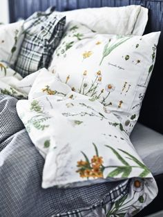You and your partner can each satisfy your individual tastes and even preferences for a warmer or cooler comforter by mixing and matching two coordinating duvets on one bed.