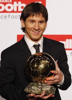Lionel Messi,( Argentine ) Ballon d'or 2009.(attaquant - FC Barcelone)