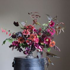floral arrangements in intense pinks and oranges perfect for a fall wedding #centerpiece #orangecenterpiece #fallcenterpiece Beautiful Flower Arrangements, Fresh Flowers, Floral Arrangements, Beautiful Flowers, Deco Floral, Arte Floral, Floral Design, Ikebana, Flower Farm
