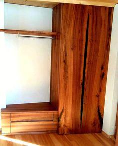 """""""Vom Brett zum Möbel"""" Der Kunde hat sich aus seinem Nussbaum, ein Traum von Garderobe wahr werden lassen. Machen Sie sich selbst das schönste Geschenk mit einem Unikatmöbel aus unserer Schreinerei. #schreinereilohrer #massivholzmöbel #massanfertigung #innenarchitektur #architekten #holzhochkarätig #swissmade #handwerkskunst #holzwerkstatt #nachhaltigkeit #wood #woodworker #carpenter #furniturerestauration #woodart Curtains, Home Decor, Wood Workshop, New Furniture, Restore, Architects, Sustainability, Blinds, Decoration Home"""