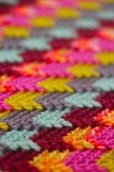 Crochet stitch. Beautiful colors. #crochetstitches