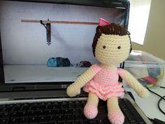 Kristen's Crochet: Ballerina Tutorial/pattern--- tips on how to do the skirt
