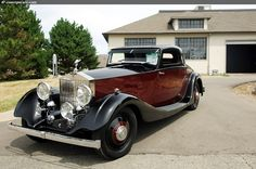 Photographs of the 1934 Rolls-Royce Phantom II. Fixed-Head Coupe. Coachwork by Hooper. Chassis number Engine number Vintage Motor Car Auction a. Retro Cars, Vintage Cars, Antique Cars, Vintage Auto, Rolls Royce Phantom, Mercedes Benz Amg, Rolls Royce Cars, Best Classic Cars, Classic Motors