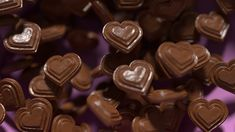 Eating chocolate produces the same proven experience through sexual attraction – Angelina