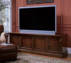 Hooker Beacon Square 82-inch Entertainment Console HO-367-55-452 $1363.00