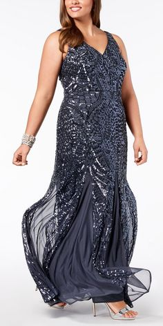 57 Plus Size Mother of the Bride Dresses - Plus Size Mother of the Groom Dress - Alexa Webb Alexa's top picks of plus size mother of the bride dresses. These gorgeous frocks can also work for mothers of the groom too! Mother Of Bride Outfits, Mother Of Groom Dresses, Mother Of The Bride, Mob Dresses, Types Of Dresses, Bride Dresses, Traditional Wedding Attire, Plus Size Formal Dresses, Mode Plus