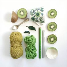 Green with Envy? For more green inspo head over to Coco Rose Interiors #green #boho #tropical #flatlay