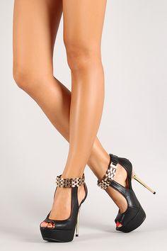 Platform gold sandals metallic