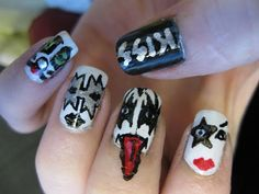 ♥ ♥ ♥ Uñas decoradas de KISS ♥ ♥ ♥