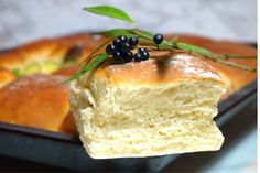 Tekakor i långpanna Bread Recipes, Cooking Recipes, Freshly Baked, Camembert Cheese, Bakery, Brunch, Rolls, Food And Drink, Pudding