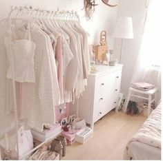 Cute and pink. My dream room!