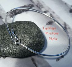 Armring i 925 sterling silver från Lyckliga Piratens Pärla.