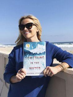 33229010_590162648012890_5510819309967900672_n Book Club List, Book Club Books, Book Lists, Book Series, I Love Books, Good Books, Books To Read, Reese Witherspoon Book Club, Sunshine Books