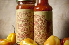 Looking for sauce packaging design inspiration? In this article you'll find 30 creative Sauce packaging that will boost your creativity for your next packaging project. Our favourite packaging des… Habanero Jelly, Habanero Sauce, Cool Packaging, Brand Packaging, Product Packaging, Packaging Ideas, Product Labels, Design Packaging, Beauty Packaging