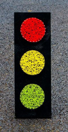 Traffic Light String Art by NailedItDesign on Etsy