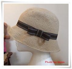 Crochet hat, Summer hat It looks like straw but is made of yarn?!? It doesn't get softer than that!!!!