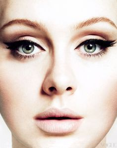Love this eye makeup. The nude eyeliner on the waterline makes her eyes look even wider! <3