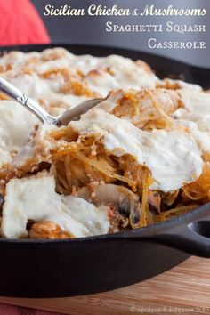 Sicilian Chicken and Mushrooms Spaghetti Squash Casserole is a hearty and comforting special meal made easy with McCormick's Skillet Sauces | cupcakesandkalechips.com | #McSkilletSauce #SundaySupper