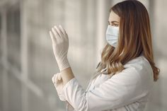 Beautiful Nurse, Latex Gloves, Rubber Gloves, Sexy Nurse, Medical Uniforms, Female Doctor, Comics Girls, Facial Care, Put On