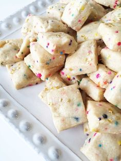 If you want all the magic of fairy bread but not all of the calories, try this lightened up recipe. These skinny fairy bites are erfectly bite-sized AND perfectly delicious!