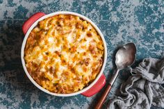 This baked mac 'n cheese gets it creaminess from blended cottage cheese and its cheesy flavor from extra-sharp cheddar. Sloppy Joe Mac And Cheese Recipe, Creamy Macaroni And Cheese, Macaroni N Cheese Recipe, Cheese Recipes, Cheddar, Potato Pasta, Pasta Shapes, Entree Recipes, Recipes Dinner