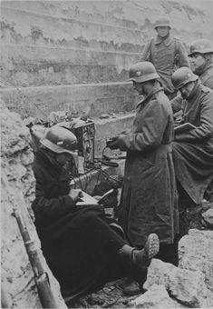 Wehrmacht soldiers in a captured Soviet bunker . German Soldiers Ww2, German Army, Ww2 History, Military History, Luftwaffe, World War One, First World, German Helmet, Germany Ww2