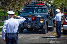 Columbus police officers salute as the procession for Columbus SWAT officer Steven Smith arrives at St. Paul Catholic Church. Stevens was killed on duty last week. #wvloh #westerville #ohiogram #midwest #midwestlove #everydayohio #ohiopix #ohio #everydayusa #westervilleohio #lineofduty #thinblueline #endofwatch #policefamily