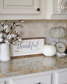 This week the ladies hosting #OurGratefulHome want to see our #fallkitchen…