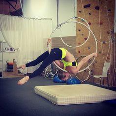 "238 Me gusta, 1 comentarios - Ekaterina Koroleva (@ekaterina_koroleva_polesport) en Instagram: ""И снова новые элементики с Танюшей @tancho_sport  #healthyliving #healthylife #fitness…"""