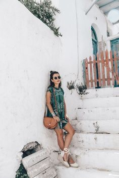 Summervibes | Travel | Beautifull place | What to wear in summer | Espadrilles | Green dress | Summer | Holiday | More on Fashionchick
