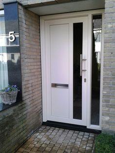 Kunststof voordeuren | Deuren | Contiplan Decor, Outdoor Decor, House, Home, Garage Doors, New Homes, Front Door, Entryway, Doors