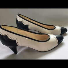 Vintage Naturalizer Couple scuffs as pictured but in great shape Shoes