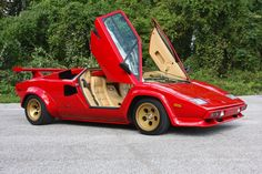 Supercar Blueprint: 6,500 Mile 1983 Lamborghini Countach LP500S