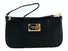 Michael Kors Pouchette: Black Leather