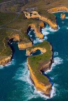 12 Apostles,  Australia coast.