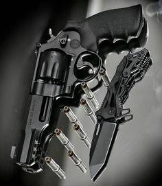Essentials | @metalhead_1 Find our speedloader now!  http://www.amazon.com/shops/raeindv