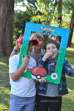 #Pokemon #party how to make photo frame group