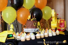 A #construction themed #birthday #party is perfect for a little man.