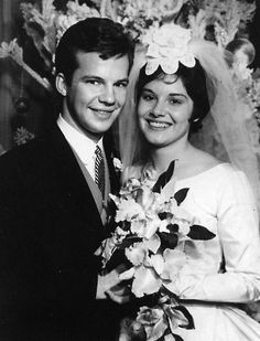 Today 12-28 in 1963: Teen idol Bobby Vee marries his first and only wife, Karen Bergen, in Orchard Lane, MI. Bobby is retired these days from performance - he announced in 2011 he was suffering from mild dementia and wanted to spend full time with his family. We wish him well and a happy birthday.