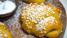 Saffrans krämkaka - Victorias provkök Scandinavian Food, Victoria, Yeast Bread, Fika, Croissants, Christmas Baking, Lorem Ipsum, Doughnut, Bread Recipes