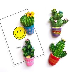 image Polymer Clay Creations, Polymer Clay Crafts, Estilo Country, Country Style, Cactus Decor, Mini Things, Pasta Flexible, Mural Art, Clay Charms