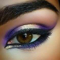 Eye Inspiration: #LinerUpSweeps by misspeez11. Enter for a chance to win a $1K Sephora Shopping Spree. Upload your eyeliner look to Sephora.com's The Beauty Board by 10/20/14 and tag it #linerupsweeps