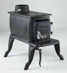 (NIB) Vogelzang Boxwood Cast Iron Wood Stove Heater Sale!  Special price - $299! Just in time for the holidays!