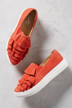 Seychelles Larissa Orange Suede Sneakers with Ruffles #sneakers #orangesneakers #ruffles