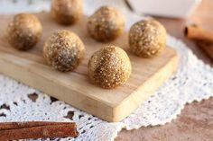 No-Bake Cinnamon Oatmeal Truffles (NO Added Sugar or Oil)