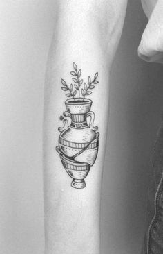 Black and grey broken amphora tattoo on the right forearm Chest Tattoo Heart, Cool Chest Tattoos, Chest Tattoos For Women, Cute Tattoos, Knee Tattoo, Forearm Tattoos, Finger Tattoos, Hand Tattoos, Compass Tattoo