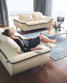 Jeśli wypoczywać, to tylko na komfortowej sofie Asti z funkcją relaksu.